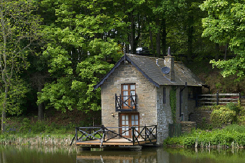 Leannan Boathouse at Forbes of Kingennie - minimoon